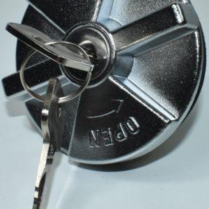 Tapón de gasoil con juego de llaves para Toyota Dyna